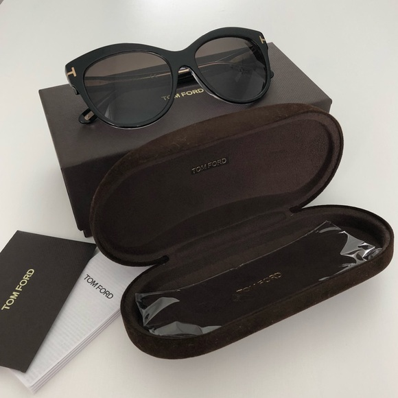 27391525a9 Tom Ford Lily Polarized Sunglasses